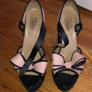 Gorgeous Valentino bow wedges